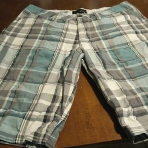 Hurley Walking Shorts Size 32